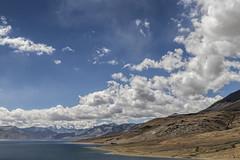 Tsomoriri #9 (jean matthieu) Tags: blue canon clood cloods color eos himalaya india indiantibet ladakh lake landscape light montain montains sky tsomoriri