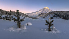 Purple Mountain's Majesty (kephart_kyle) Tags: 2018 25 christmas cold december hood morning mounthood mountains mt park river snow sunrise white winter