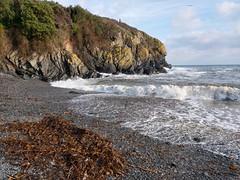 Cadgwith Cove (Geoff Buck) Tags: cornwall lizard swcoastpath coastpath beach cliff sea waves rocks sand cadgwith cove