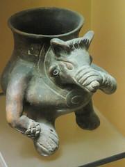 Holding Snout (edenpictures) Tags: sculpture statue newyorkcity nyc manhattan mesoamerican precolumbian art nativeamerican americanmuseumofnaturalhistory amnh naturalhistorymuseum museum upperwestside