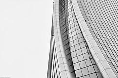 Mailand Piazza Tre Torri bw 5 (rainerneumann831) Tags: torregenerali architektur bw blackandwhite ©rainerneumann mailand milano hochhaus gebäude
