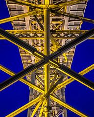 Ponte Dom Luis I (ahfeelabout) Tags: vilanovadegaia porto portugal pt bridge architecture structure industrial symmetry mir1b pentaxk3ii