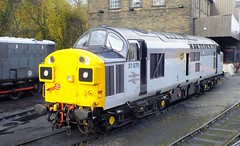 37075. (steven.barker57) Tags: class 37 37075 freight grey gray triple preserved kwvr keighley worth valley railway haworth uk england west yorkshire