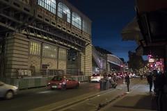 . (Le Cercle Rouge) Tags: paris france night nuit darkness light barbèsrochechouart 75018 humans traffic trafique métropolitain