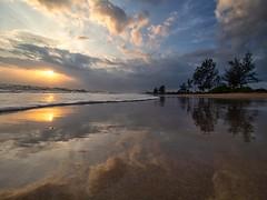 IMG_6408 ~ lanjut (alongbc) Tags: sunrise reflection coast cloud lanjutbeach kualarompin rompin pahang malaysia travel place trip canon eos700d canoneos700d canonlens 10mm18mm wideangle happyplanet asiafavorites