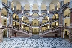 Justizpalast (SonjaS.) Tags: justizpalast münchen treppen stairs zentralhalle gebäude architektur säulen munich bayern bavaria