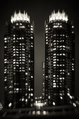 (Masahiko Kuroki (a.k.a miyabean)) Tags: bnw monochrome noiretblanc architecture lensbaby sol45 お台場 東京 xt2