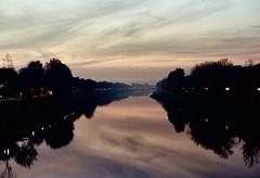 Arno , il fiume di Firenze (michele.palombi) Tags: river arno film 35mm florence tuscany kodak ultramax400 colortec c41 negativo colore riflessi