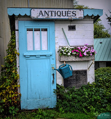 Mutiny Bay Antique Store (SonjaPetersonPh♡tography) Tags: serendipity treasures merchandise storefront display mutinybay whidbeyisland washington washingtonstate stateofwashington community greenbank store antiques mutinybayantiques antiquestore