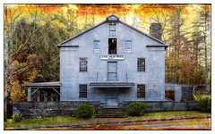 Tony and the Old Mill (GAPHIKER) Tags: theoldmill mill finger lakes newyorkstate new fingerlakes york state roberthtreman roberthtremanstatepark tony texture happyslidersunday hss sleletalmess