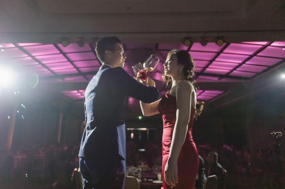 台南東東宴會式場 婚宴 走在幸福的紅毯上 R & B 139