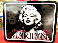 Lunchbox (thomasgorman1) Tags: nostalgia retro 1950s lunchbox canon collectible marilyn monroe actress icon