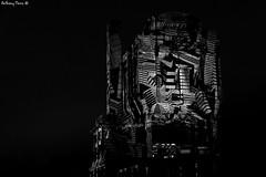 Garde à vous ! (Sous l'œil d'un objectif) Tags: forges lumière lumièreartistique artistique vestige tour illumination nuit 2019 trignac forgesenlumière loireatlantique paysdelaloire france dijonphotographe sousloeildunobjectif canon canoneos70d