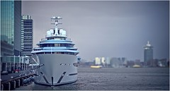 jACHT (bert • bakker) Tags: amsterdam harbour yacht jacht nederland thenetherlands passengerterminal passagiersterminal nikon85mm18g