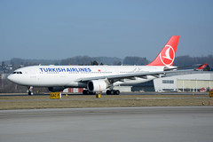 Turkish Airlines - Airbus A330-200 - TC-LOH (yak_40) Tags: zrh turkishairlines airbus330200 airbus330223 a330 tcloh