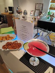 "Hummer Event Messe Catering Köln. Mobile Cocktailbar und Fingerfood bei KPM • <a style=""font-size:0.8em;"" href=""http://www.flickr.com/photos/69233503@N08/46327579792/"" target=""_blank"">View on Flickr</a>"