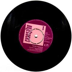 Buzzcocks - Noise Annoys (1978) (stillunusual) Tags: buzzcocks loveyoumore noiseannoys single vinyl punk punkrock newwave postpunk bside 1970s 1978