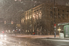 IMG_5819-10 (Goldenwaters) Tags: streetphotography lensculture subjective capturestreets canon50d 50d vienna wien citystreets winter snow snowing white winterweather europe
