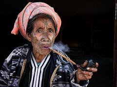 myanmar 2019 (mauriziopeddis) Tags: spider woman mindat chin state portrait portraits ritratto ritratti smoke reportage tribe tribal cultural culture canon color people