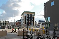 Houthavens, Amsterdam (rob.brink) Tags: amsterdam nederland holland netherlands mokum harbour harbor haven houthavens spaarndammerbuurt het schip michel de klerk architecture urbanism urban city water life orange blue