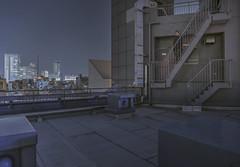 Tokyo 4501 (tokyoform) Tags: tokyo tokio 東京 日本 tokyoform chrisjongkind japan city 都市 ciudad cidade ville stadt urban cityscape skyline 都市の景観 都市景観 街並み stadtbild paesaggiourbano paisagemurbana paisajeurbano paysageurbain night nuit nacht noche 夜 夜晚 dark rooftopping rooftop akihabara shinnihombashi 秋葉原 新日本橋 hdr canon 6d
