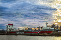 Wagenborg (Paul B0udreau) Tags: nikkor50mm18 photoshop canada ontario paulboudreauphotography niagara d5100 nikon nikond5100 raw layer wellandcanal thorold ship salty clouds sunset water victoriaborg netherlands
