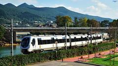 950 en Sukarrieta (lagunadani) Tags: 950 caf ferrocarril tren pedernales euskotren 966 narrowgauge