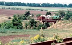 Südzufuhrbahn / Southern Feeder Railway: TU2-263 through the curves west of Hrushka 29-05-2003 (Paul-760) Tags: südzufuhrbahn southern feeder railway schmalspur narrow gauge ukraine ukrain oekraine smalspoor uz mps 750mm tu2 ty2