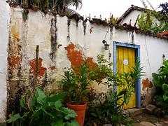 photo - Paraty, Brazil (Jassy-50) Tags: photo paraty brazil wall door landscaping yellowdoor