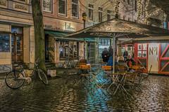 im Viertel (1) (matthias-fotografien) Tags: bremen viertel street litfass ostertor lowlight