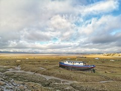 30/365 The Duddon Estuary (Charlie Little) Tags: p365 project365 duddonestuary seascape askaminfurness cumbria cameraphone mobilephotography huawei p20pro boats leica