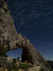 Penya Forada (joaquinain) Tags: stars startrail night nocturna estrellas montaña mountain alicante olympus omd em12 laowa largaexposición longexposures