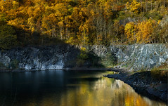 Quarry colours 1 (Photography by Julia Martin) Tags: photographybyjuliamartin reflections autumn autumnleaves