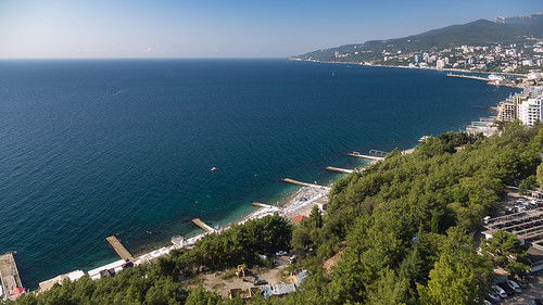 yalta-fromabove-03