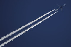 N827MH (Rob390029) Tags: delta air lines airlines boeing 767 n827mh contrails blue sky overhead aviation