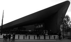 (Ledlon89) Tags: rotterdam centraal station railway ret transport holland netherlands nl rotterdamcentraalstation railwaystation dutch
