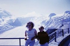 Me & Mum (zeesstof) Tags: geo:lat=4707438641 geo:lon=1275217911 geotagged zeesstofsmom kodachrome film 35mmslidefilm mamiya 1969 summerholiday mountains alps austrianalps triptothegrossglockner snow snowinsummer zeesstof glacier pasterzeglacier grossglockner 3798m highestmountaininaustria