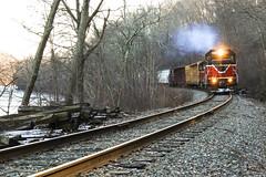 Geeps on the Quinebaug (JaiJad) Tags: train railroad nr4 providenceworcester pw2008 plainfield lisbon connecticut pw gp382 emd freighttrain