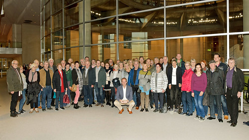 Im Reichstagsgebäude habe ich eine Besuchergruppe aus der Heimat begrüßt. Foto: Bundesregierung / Atelier Schneider.