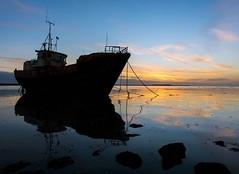 Vita Nova (Graham - bell) Tags: vita nova shipwreck seascape sunrise ship rampside roa island