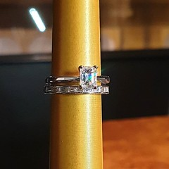 Dreamy prince cut diamond solitaire with baguette cut diamond band 💎💍 . . . #voltairediamonds #diamond #diamonds #diamondring #ringinspo #engagementring #engagementrings #ringgoals #engaged #isaidyes #ihavethisthingwithdiamonds #gemstones #dublin (VoltaireDiamonds.ie) Tags: diamond rings engagement jewellery