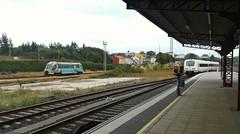 Entrando a la par (javivillanuevarico) Tags: ferrol feve trenes renfe galicia