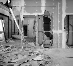C 18 (andi_heuser) Tags: urbanexploration lostplaces gebäude building fabrik factory architektur architecture verlassen abandoned alt old zerstört destroyed film analog analogue schwarzweiss blackwhite schwarzweissfilm ilford ilforddelta3200 6x7 120 andiheuser