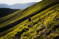 Sunset on Forca Viola (Strocchi) Tags: forcaviola trekking hiking sunset girl mountain italy italia montagna tramonto canon eos6d 24105mm castellucciodinorcia