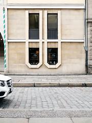 Die Fenster. / 09.11.2018 (ben.kaden) Tags: berlin berlinmitte nikolaiviertel architekturderddr günterstahn erhardtgiske 1987 architektur ostmoderne 2018 09112018