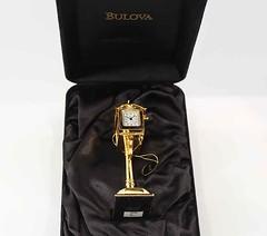 Bulova Miniature Mailbox B0411 Brass Clock (reddealsonline) Tags: bulova mailbox b0411 limitededition miniature clocks quartz brass mini collectors upc042429962828 collection solidbrasscase antiques roadsidemailboxclock faceoftheclockopensup ean0042429962828 movableflag engravableplate america hingeddoor