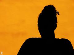 Silhueta - Rio de Janeiro (Michell Fotografia) Tags: silhuetas silhueta silhouettes silhouette riodejaneiro brasil brazil portrait orange contraluz people hills street creative black praia cidademaravilhosa