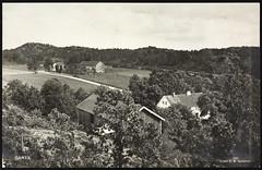 Postkort fra Agder (Avtrykket) Tags: bolighus eng hus låve postkort skog uthus vei åker tvedestrand austagder norway nor