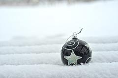 Christmas #20 (daniel0027) Tags: christmas happyholidays ball snowy snow christmasball merrychristmas ornment simple winter season