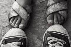 IMG_5716 (davethedavethe) Tags: street boy shoes feet black white peru southamerica travel